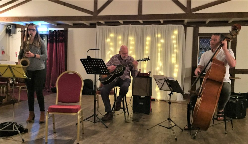 Roy Sainsbury Trio Feat. Alex Clarke